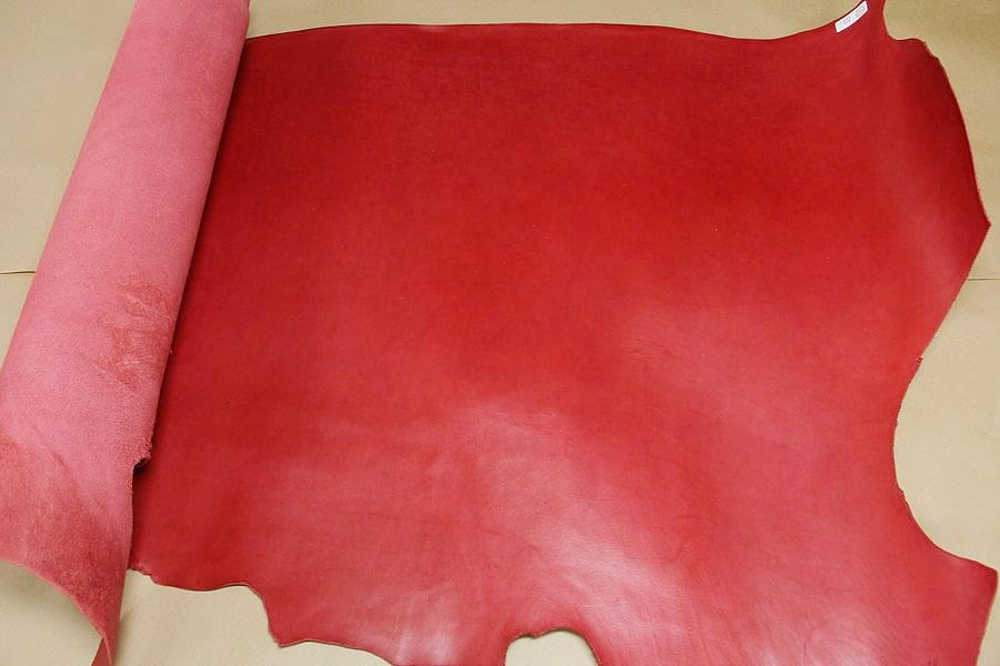 牛ヌメモーガン赤全体